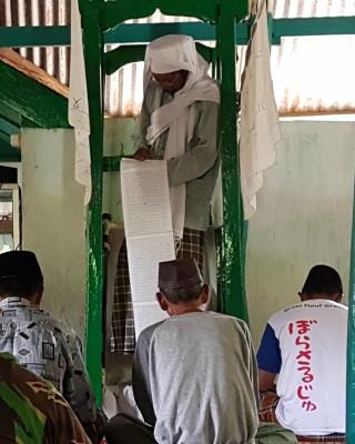khutbah jumat di masjid tua gantarang lalang bata