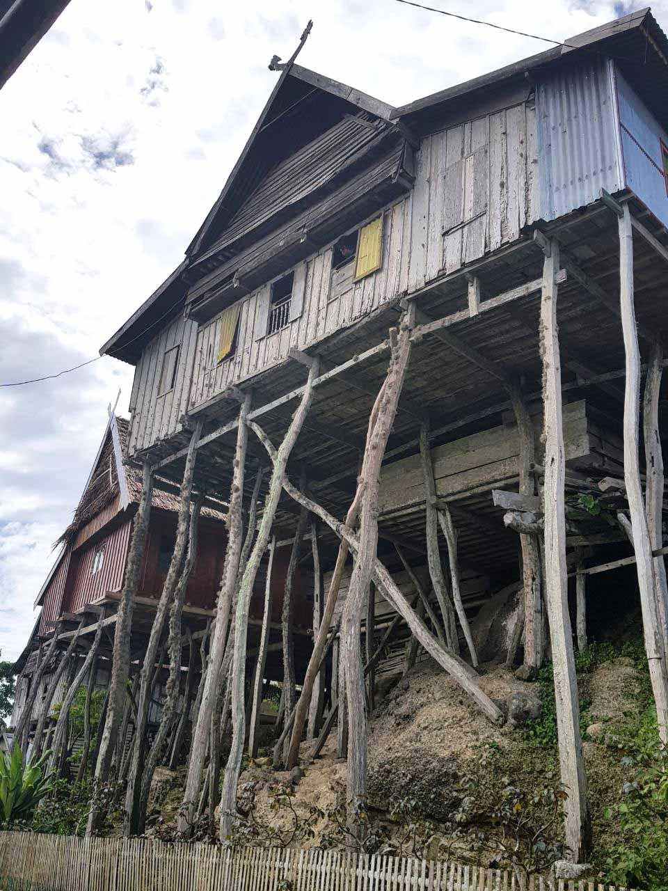rumah tua bitombang